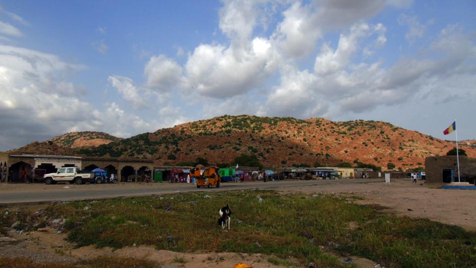 Vue d'une colline à Ngoura. Crédits photo: Yacoub